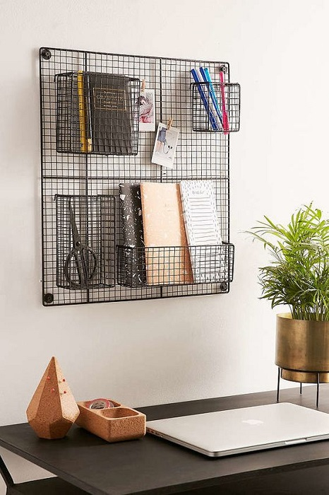 15 Stunning Wire Grid Wall Decoration Ideas To Beautify Your House