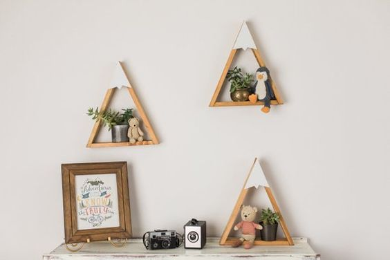 3 Useful Benefits Of Creating Wooden Mountain Shelf DIY At Home