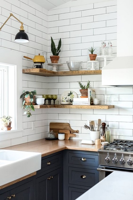 Easy And Inspiring Open Kitchen Shelves Decor Tips To Remodel Old Look In The Kitchen